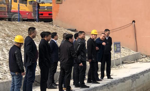 市领导调研我司马昌垸泵站汇水池改造工程